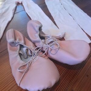 Ballet girls shoes size 2